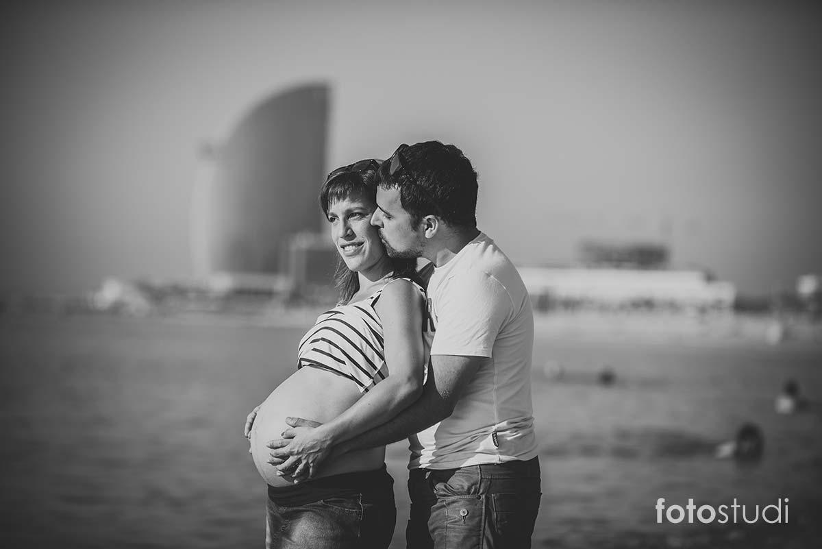 fotos-embarazada-playa-barcelona024