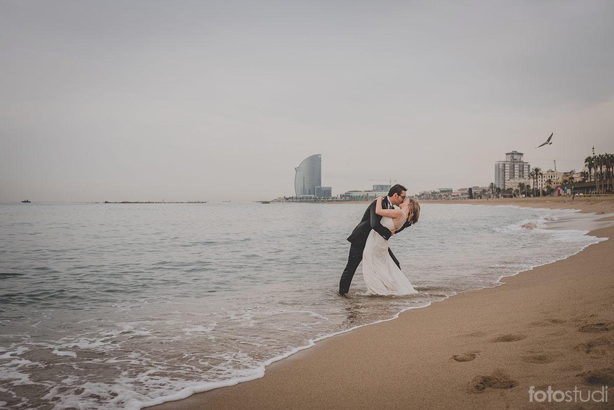 postboda-playa-barcelona-fotostudi16